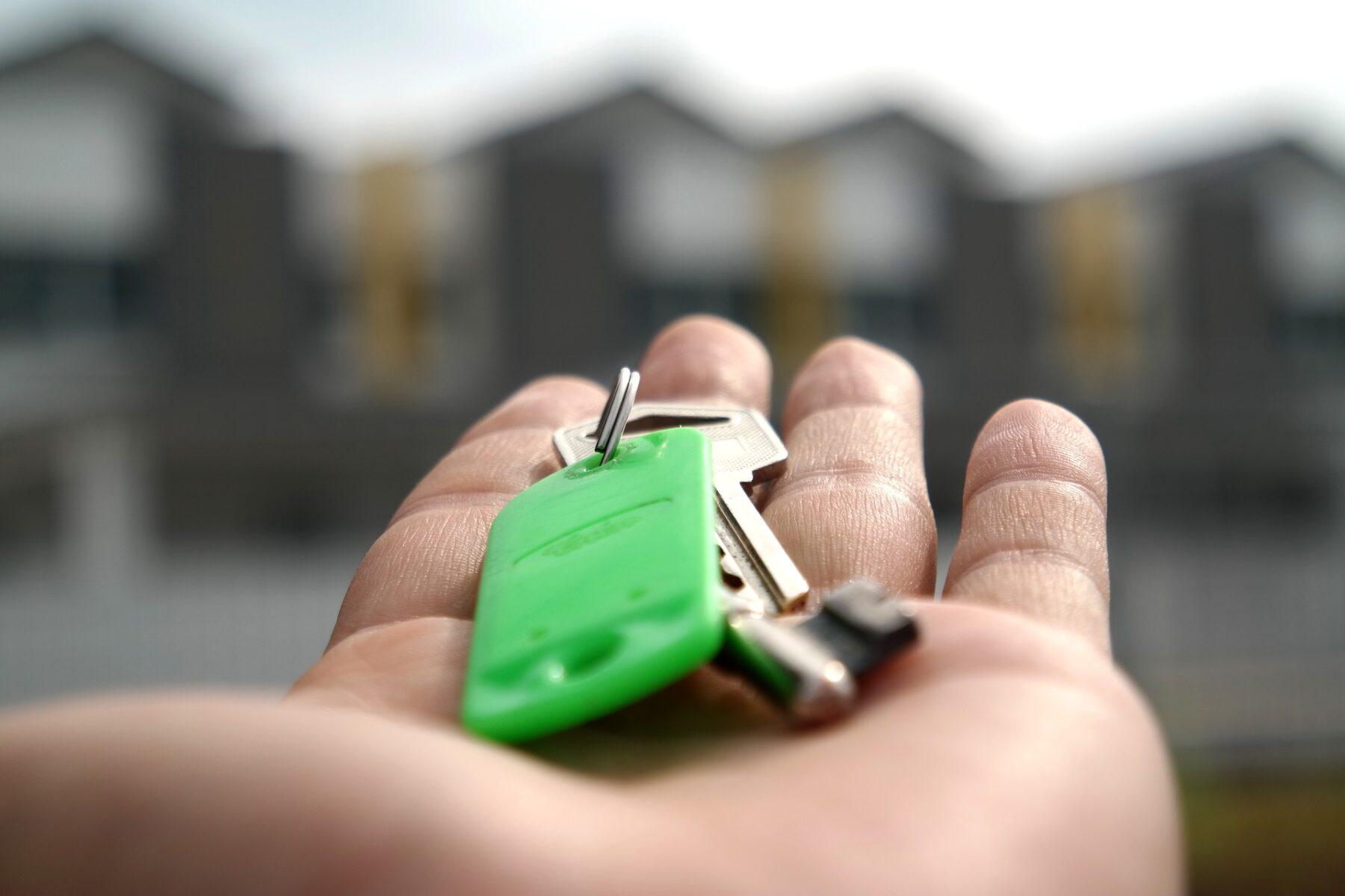 Pirkt vai īrēt dzīvokli?